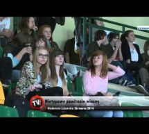 Nietypowe powitanie wiosny w gimnazjum- video
