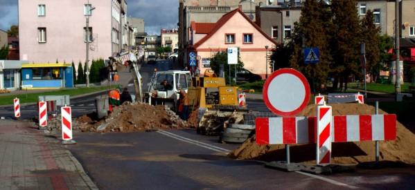Utrudnienia przy budowie ronda potrwają do 1 listopada