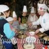 W ramach warsztatów kulinarnych młodzież przygotowała pyszny obiad