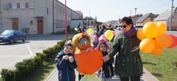 Przedszkolaki żegnają zimę