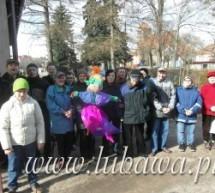 Uczestnicy Środowiskowego Domu Samopomocy witają pierwszy Dzień Wiosny.