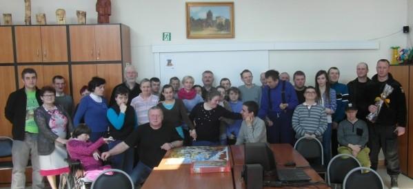 Funkcjonariusze lubawskiej policji w Środowiskowym Domu Samopomocy
