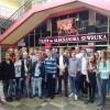 Wycieczka gimnazjalistów do teatru