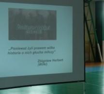 Prezentacją na temat Żołnierzy Niezłomnych w Gimnazjum