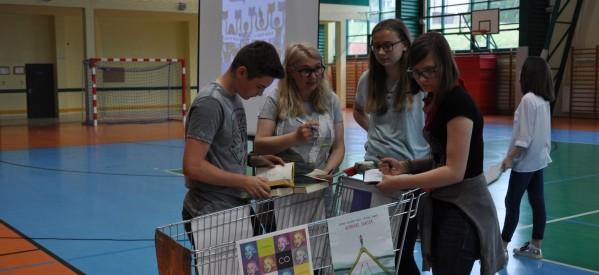 """Akcja organizowana przez redakcję miesięcznika """"Biblioteka w Szkole"""""""