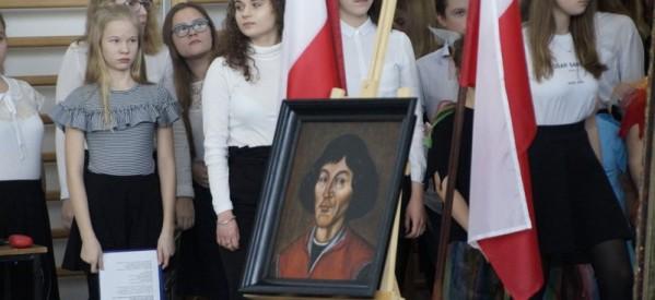 Mikołaj Kopernik od 70 lat patronuje lubawskiej podstawówce