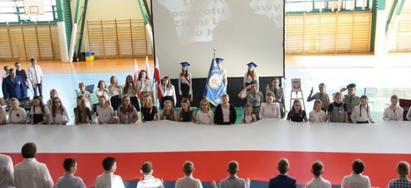 Uroczysta akademia z okazji odzyskania Niepodległości przez Lubawę