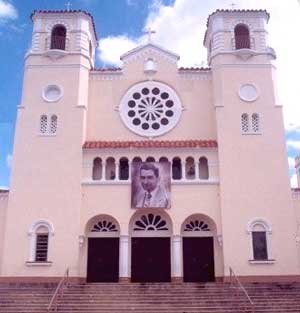 Caguas_cathedral